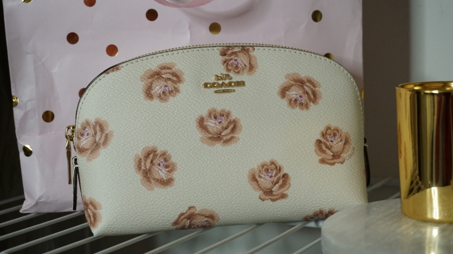 Coach Rose Print Cosmetic Case 17 | Unboxing | The Lux Angel